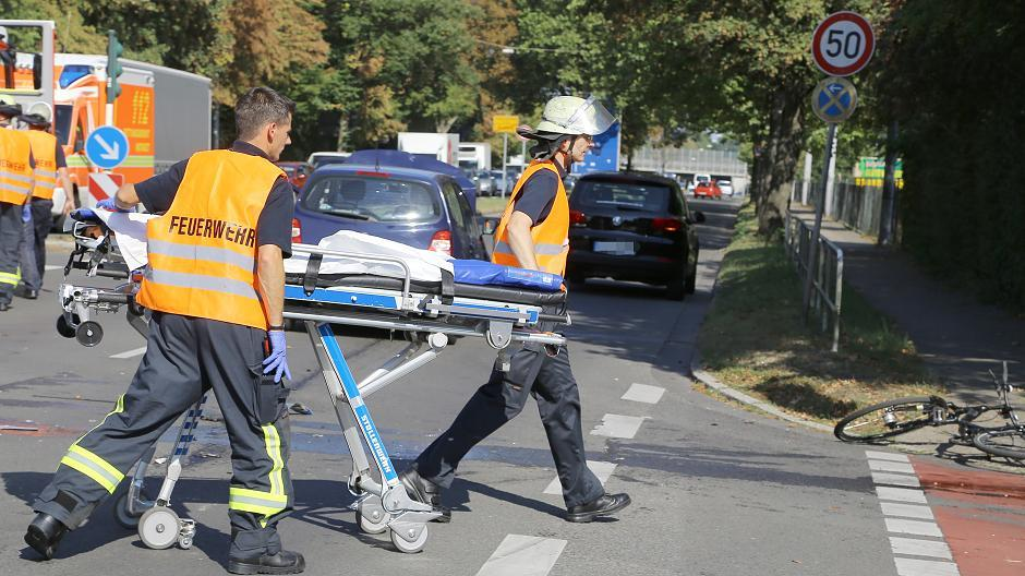 Unfall Krefelder Straße