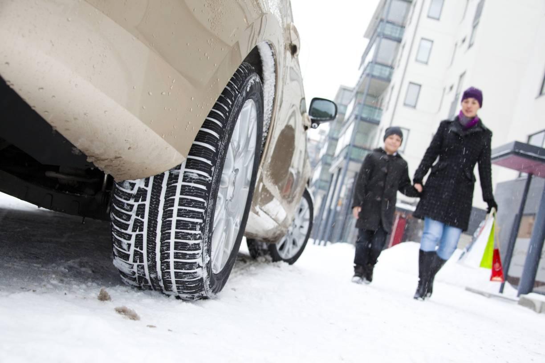Straßenverkehrsordnung Winterreifen